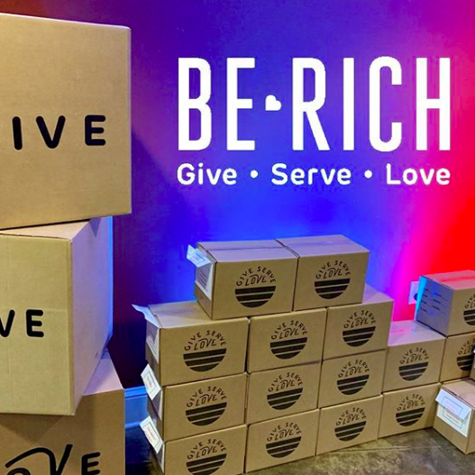 hpcollierville Hey Families! We have an awesome generosity project for you. Pick up your box THIS SUNDAY at @hpcollierville! #giveservelove #berich2018